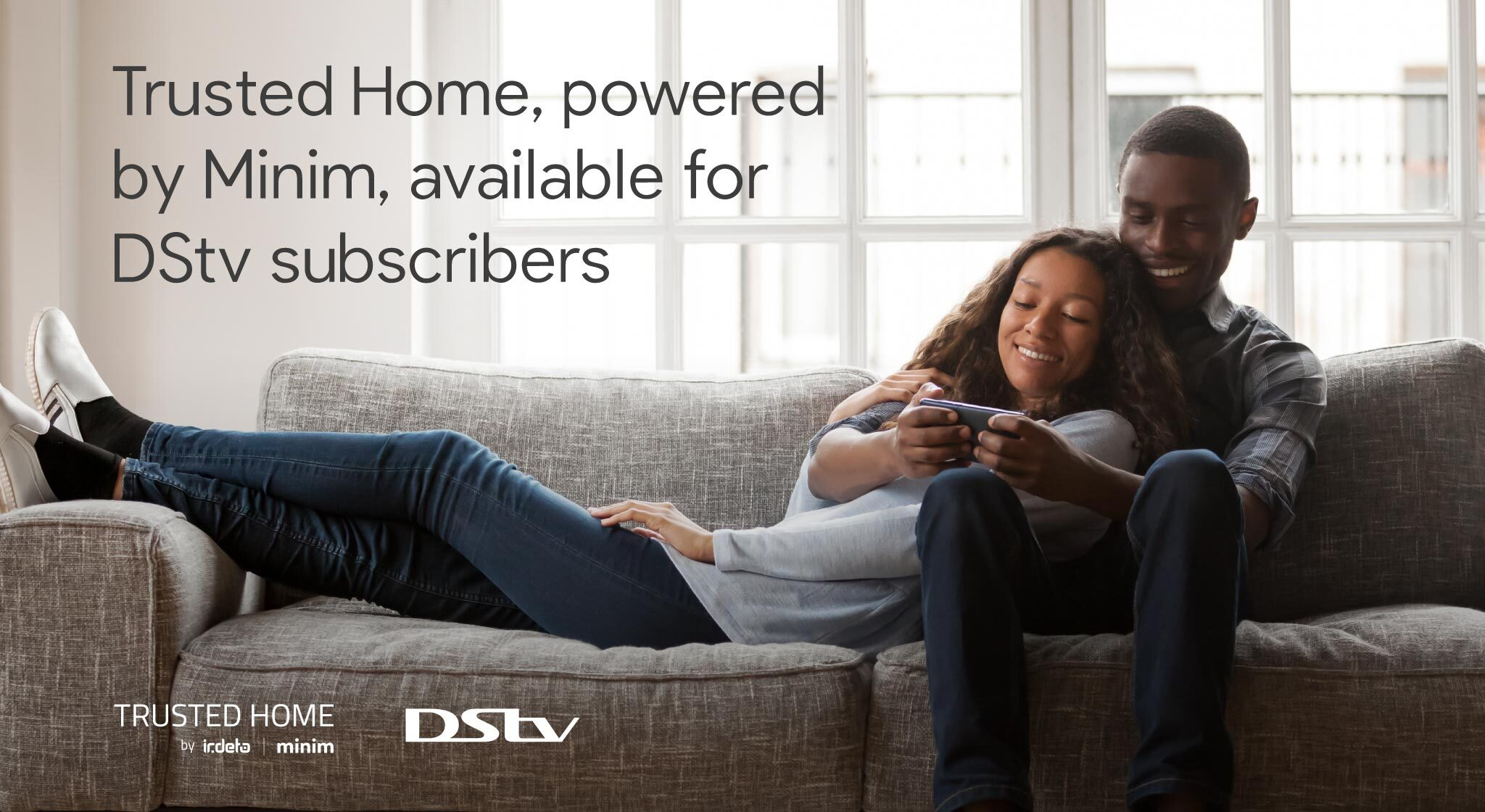 """<img src=""""minim-trusted-home-wifi-management-app.jpg"""" alt=""""couple-on-couch-home-wifi-in-africa"""" />"""